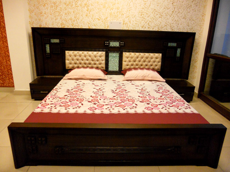 Wooden box bed designs catalogue indian wooden box bed for Diwan palang design